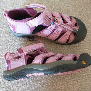 Keen Newport H2 Waterproof Women Hiking Sandals